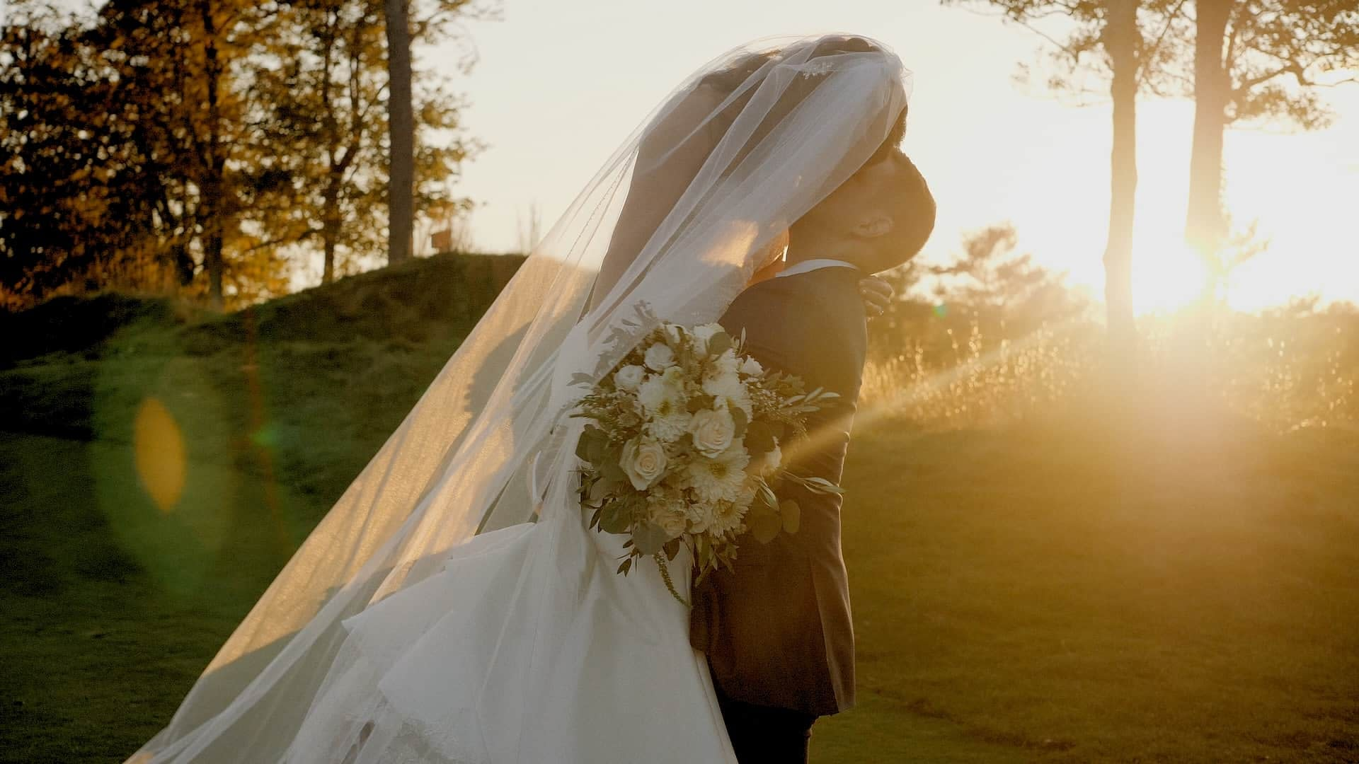 amazing sunset wedding on cape cod at the ridge club